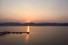 荡舟纵情太平湖