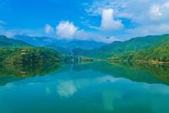 玉渡山,山顶上的那汪湖