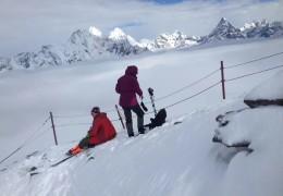 圆梦雪山之巅--四姑娘山大峰登山(5000米初级雪山的首选)