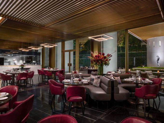 室内设计由屡获殊荣的afso设计工作室创办人andre fu傅厚民及其团队
