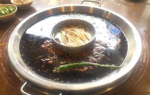 若尔盖美食-巴蜀崽火锅