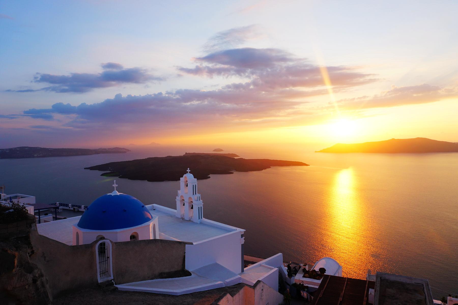 圣托里尼,爱琴海诸岛中的纯与蓝