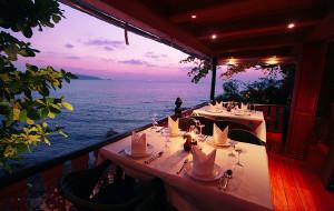 泰国美食-悬崖餐厅(芭东)
