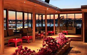 纽约娱乐-哈德逊阳台