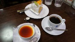 神户美食-EVIAN咖啡