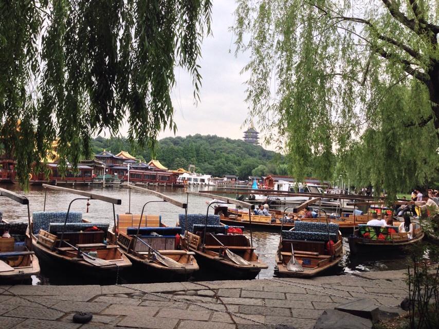 西湖游船哪个码头好,西湖游船码头有几个,西湖游船游玩攻略
