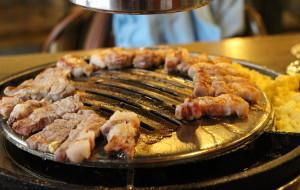 首尔美食-姜虎东白丁烤肉(明洞店)