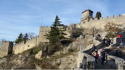 圣马力诺/圣马力诺,世界上最小的国家之一,却是集邮爱好者的圣...