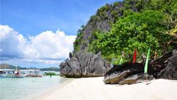 菲律宾景点-巴诺沙滩(Banol Beach)