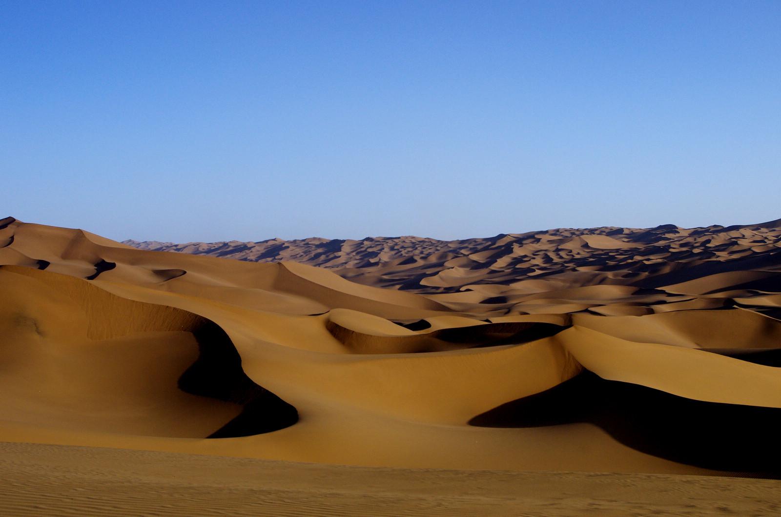 库木塔格沙漠公园