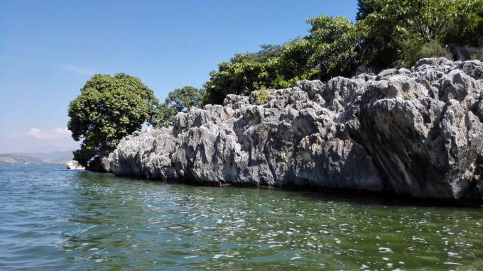 壁纸 风景 山水 摄影 桌面 680_382