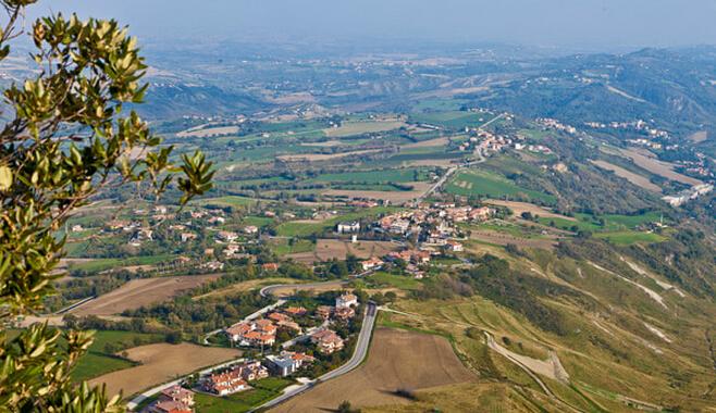 世界上 圣马力诺/圣马力诺是世界上最小的国家之一,位于欧洲南部,意大利半岛...
