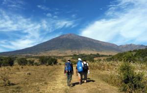 【龙目岛图片】印尼龙目岛林家尼火山之行