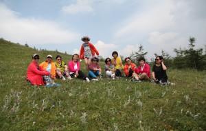 【草原天路图片】【王小小在路上】   虽不年轻   童心依在    ——    我们相约草原行