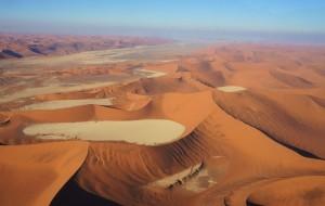 【纳米比亚图片】背包中的沙漠与森林,拔草纳米比亚/津巴布韦/马达加斯加