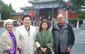 【开封图片】开封    陪同台湾著名学者蔡渔  王心怡走马观花